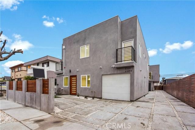 2300 Carmona Avenue, Los Angeles, CA 90016