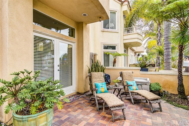 509 Lake Street, Huntington Beach, CA 92605