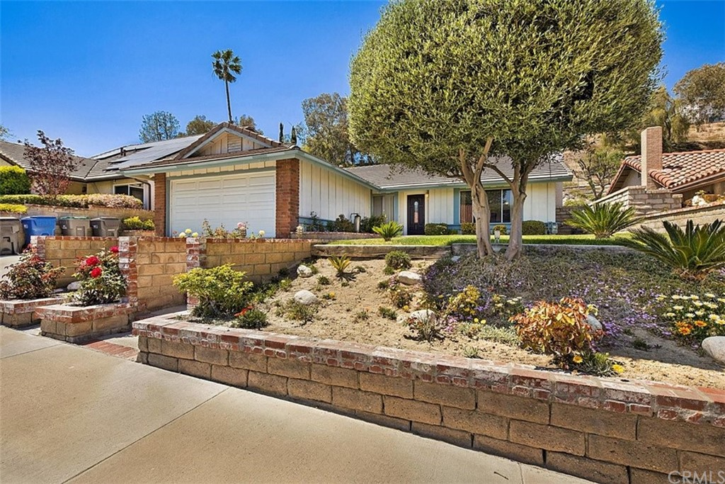 17033     Canvas Street, Canyon Country CA 91387