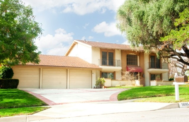 1695 N Palm Avenue, Upland, CA 91784