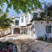 1613 Gates Avenue, Manhattan Beach, California 90266, 6 Bedrooms Bedrooms, ,5 BathroomsBathrooms,For Rent,Gates,SB20134025