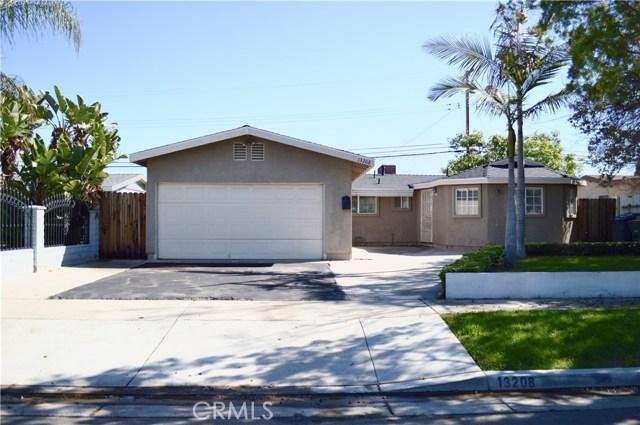 13208 Clearwood Avenue, La Mirada, CA 90638