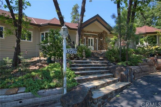 36437 Thornberry Summit Road, Coarsegold, CA 93614