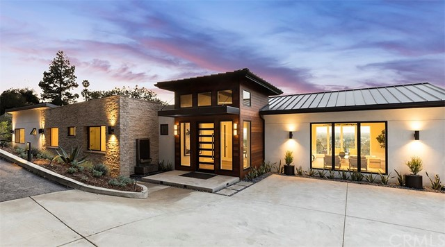11325 La Vereda Drive, North Tustin, CA 92705