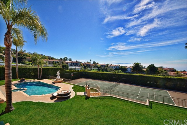 999 Paseo La Cresta, Palos Verdes Estates, California 90274, 6 Bedrooms Bedrooms, ,8 BathroomsBathrooms,For Sale,Paseo La Cresta,PV21041588
