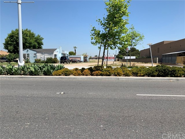 1.4 Acres of development opportunity in the heart of Carson. Zoned mixed use. Possibilities include townhomes, apartments or commercial. Contact the City of Carson for further details. Includes 209-231 West Carson Street.