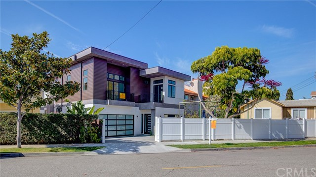 1011 Spencer Street, Redondo Beach, CA 90277