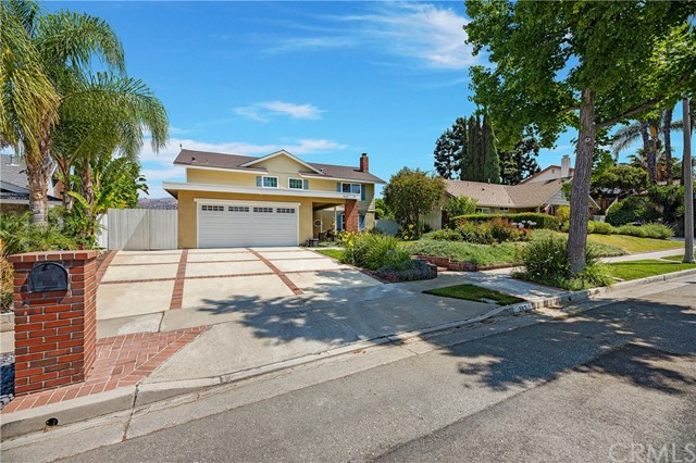 Beautiful 4 bedrooms, 2.5 bathrooms house with steel roof that lasts for a long time, double pane windows, newer kitchen granite counter tops and freshly painted walls. Bonus room upstairs and a bonus room downstairs perfect for an office. Great high rate schools and magnet schools around. You can have your breakfast in a very nice balcony and enjoy the stunning view in the back. Very nice floor plan with Livingroom, dining room and a family room. 2 car garage and lots of storage.