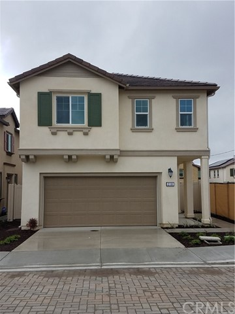218 Silver Fir Court, Vista, CA 92083