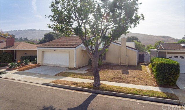 5432 Sierra Roja Road, Irvine, CA 92603