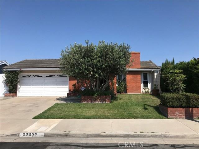 20932 Beachwood Lane, Huntington Beach, CA 92646