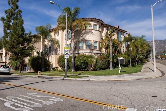 2307 Mira Vista Avenue 106, Montrose, CA 91020