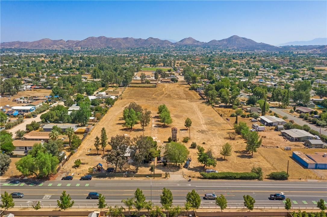 Photo of 20510 Grand Avenue, Wildomar, CA 92595