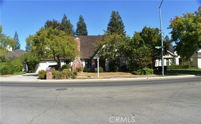 882 E Foxhill Drive, Fresno, CA 93720