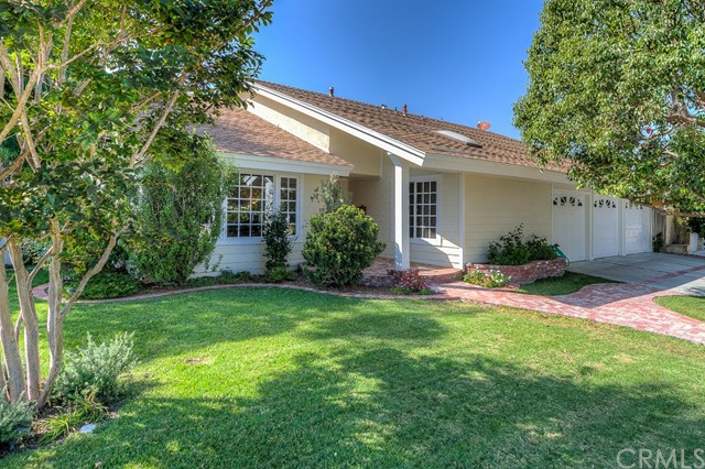 1771 Kinglet Court, Costa Mesa, CA 92626