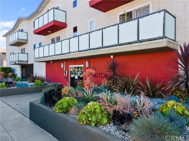 525 S Shelton Street 103, Burbank, CA 91506