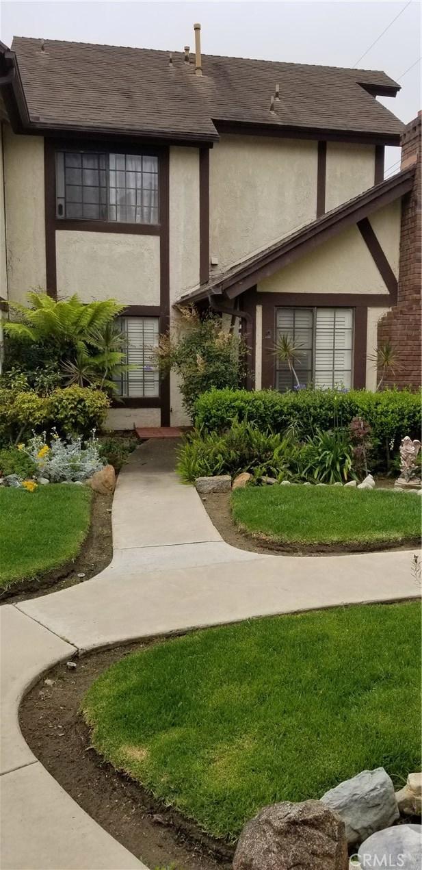 543 W Wilson Street, Costa Mesa, California