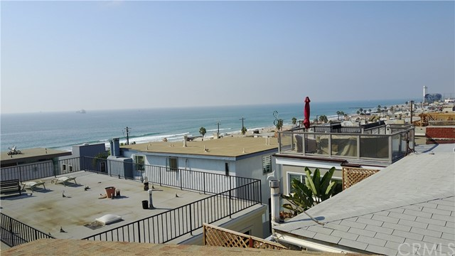 3607 Bayview Drive, Manhattan Beach, California 90266, 3 Bedrooms Bedrooms, ,2 BathroomsBathrooms,For Sale,Bayview,SB20206376