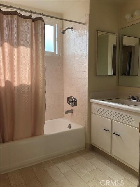 Bathroom (2019)