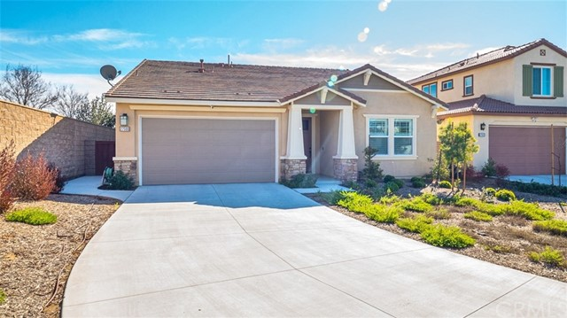 27500 Sunrise Shore Drive, Menifee, CA 92585