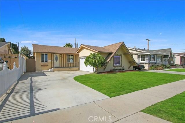 21423 Claretta Avenue, Lakewood, CA 90715