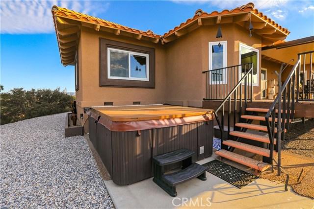 10578 Canita Ct, Oak Hills, CA 92344 Photo 72