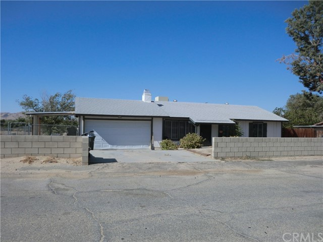 16115 Coolwater Avenue, Palmdale, CA 93591