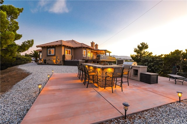 10578 Canita Ct, Oak Hills, CA 92344 Photo 55