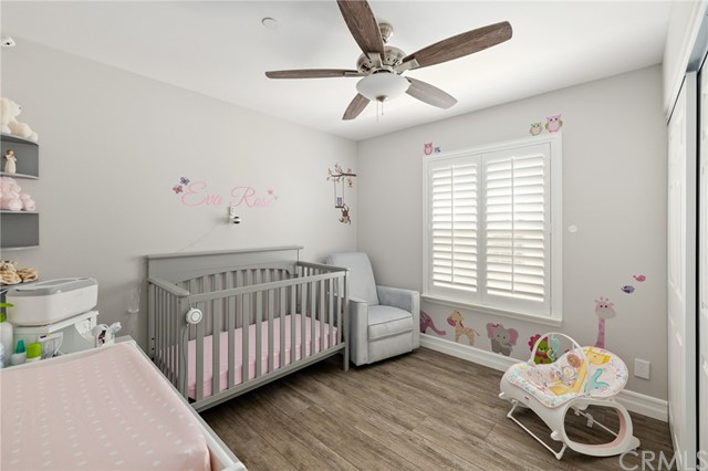 3rd bedroom with ceiling fan