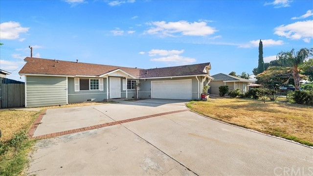 27049 STRATFORD ST, Highland, California 92346, 3 Bedrooms Bedrooms, ,2 BathroomsBathrooms,Residential,For Sale,STRATFORD ST,CV21147083