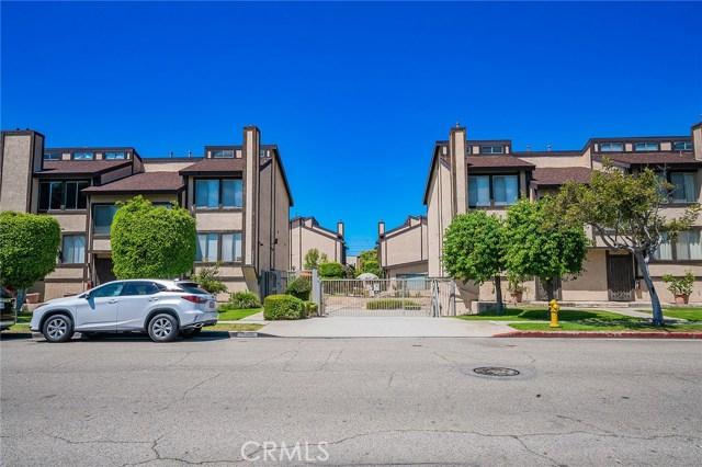 15305 S Berendo Avenue 12, Gardena, CA 90247