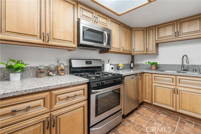 Kitchen with gorgeous granite countertop