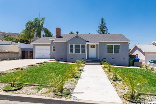 10215 Odell Avenue, Sunland, CA 91040