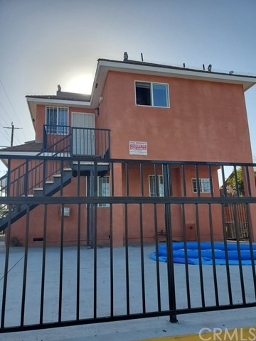 711 W 90th Street, Los Angeles, CA 90044