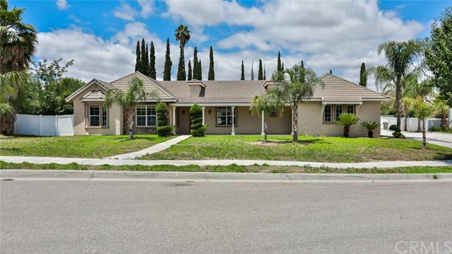 309 Cheshire Lane, Hemet, CA 92544