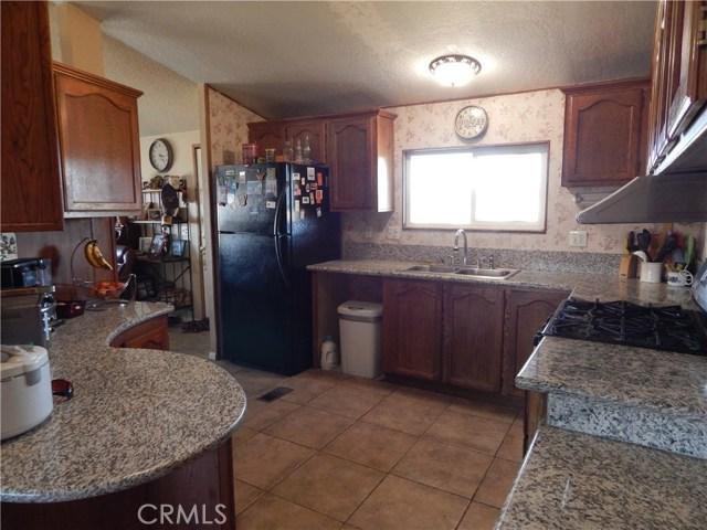 11024 Medlow Av, Oak Hills, CA 92344 Photo 18