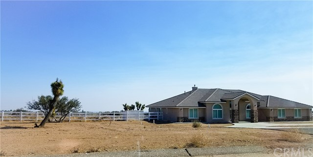 8029 Capelin Road, Phelan, CA 92371