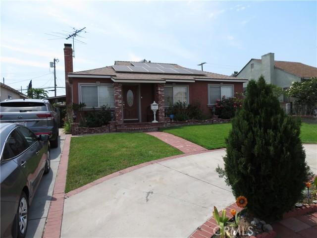 7717 Bakman Avenue Sun Valley, CA 91352