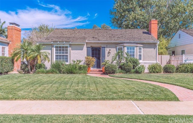 3974 Walnut Avenue, Long Beach, CA 90807