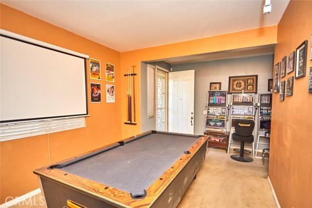 9030 Guadalupe Av, Oak Hills, CA 92344 Photo 14