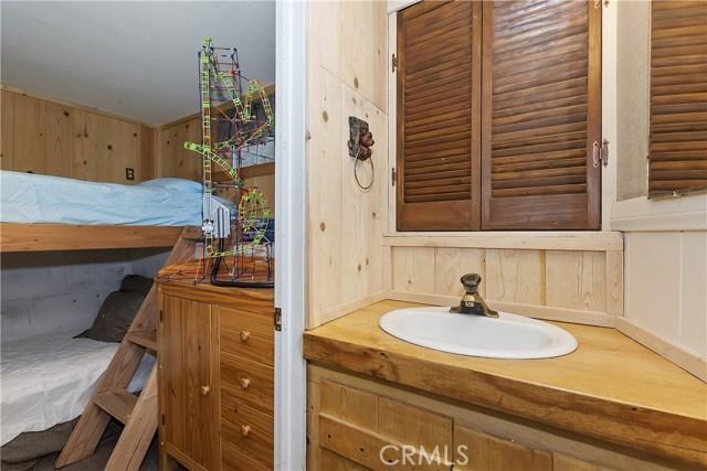 701 Oak Knoll Dr, Green Valley Lake, CA 92341 Photo 23