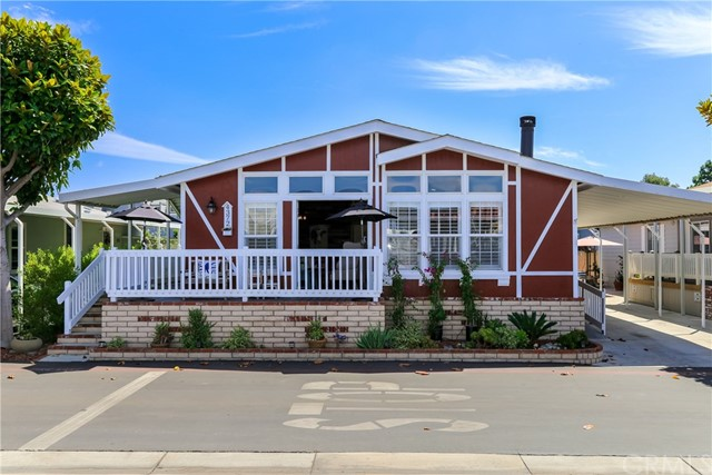 4372 Lahaina Drive, Huntington Beach, CA 92649
