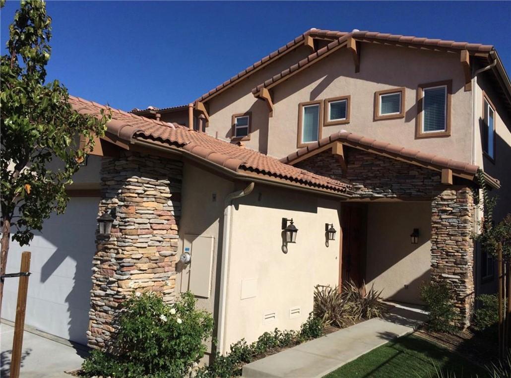 569     Via Pueblo, Riverside CA 92507