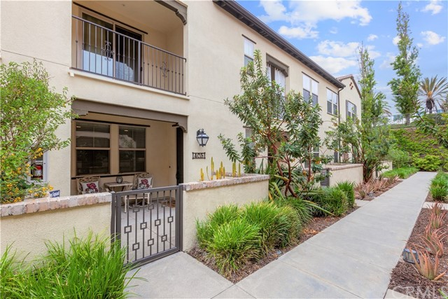 405 El Paseo, Lake Forest, CA 92610