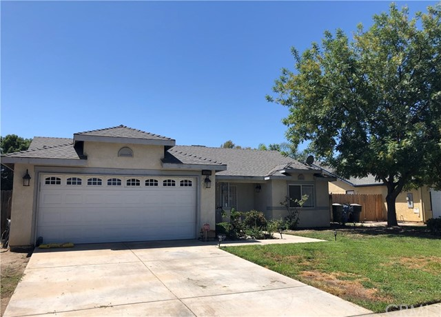 1451 Stanford Court, Hanford, CA 93230