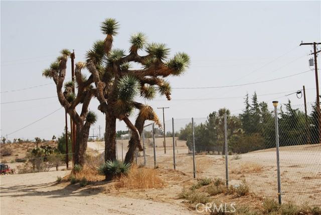 5956 Del Rosa Road, Phelan CA: https://media.crmls.org/medias/4d80b9b8-169d-48fc-985e-8e6fb33cf85a.jpg