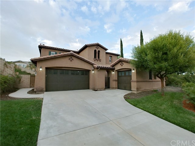 8836 Soothing Court, Corona, CA 92883