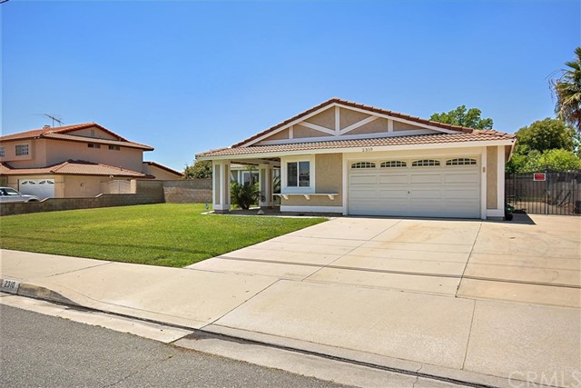 2310 N Spruce Avenue, Rialto, CA 92377