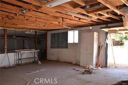 11121 Densmar Rd, Oak Hills, CA 92344 Photo 5