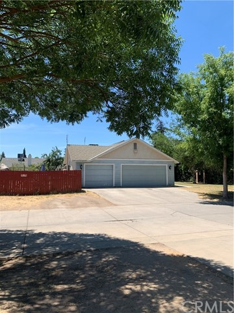 4246 N Thorne Avenue, Fresno, CA 93704